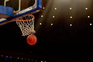 estadio-de-baloncesto-tablero-de-basquet-pelota-de-basquet Casa de apuestas Caliente